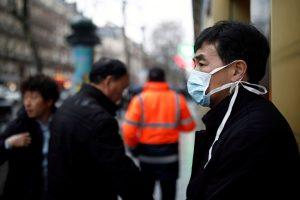 Mundo | Número de mortos por coronavírus sobe para 563 na China