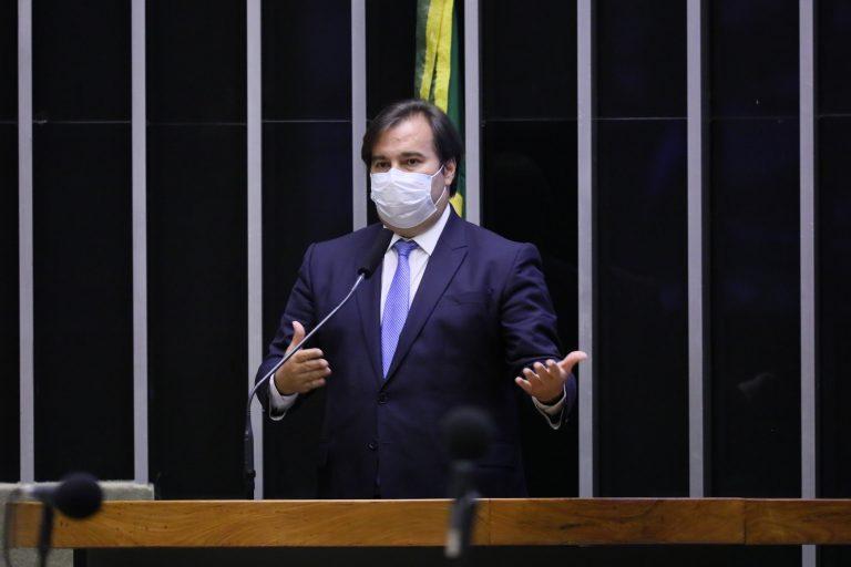 Congresso avalia adiar 1º turno das eleições para 15 de novembro ou 6 de dezembro, diz Maia