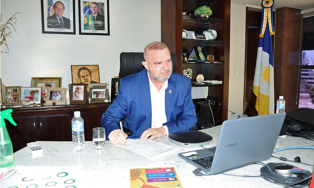 Governador Carlesse assina decreto que estabelece critérios para trabalhadores da área cultural terem acesso à Lei Aldir Blanc no Tocantins